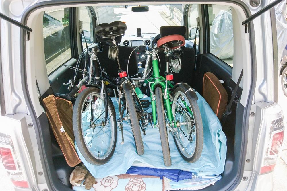 自転車を車に積んで山中湖へ出発