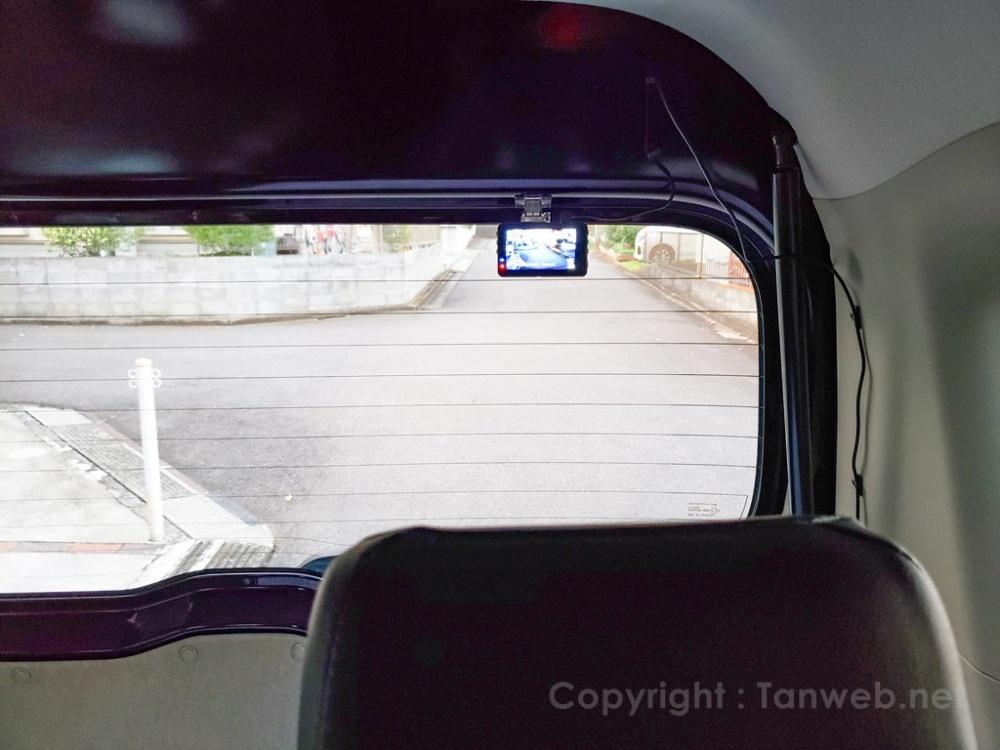 愛車のリアガラスに後方撮影用の格安ドライブレコーダーを取り付けてみた!