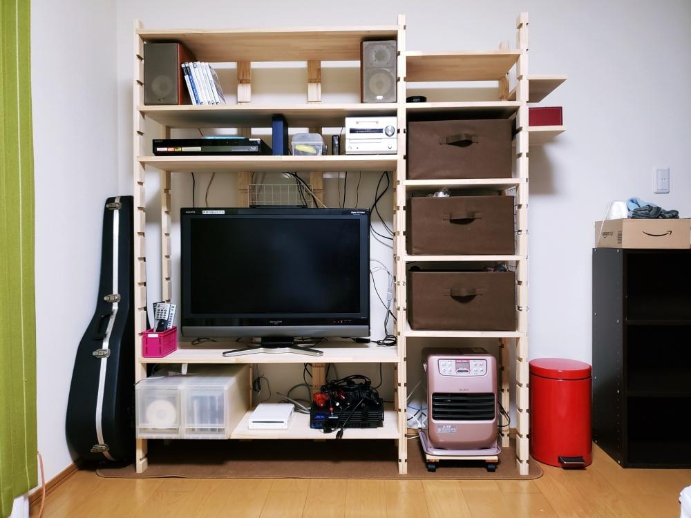 完成した自作 DIY 棚にテレビとかいろいろ設置してみました