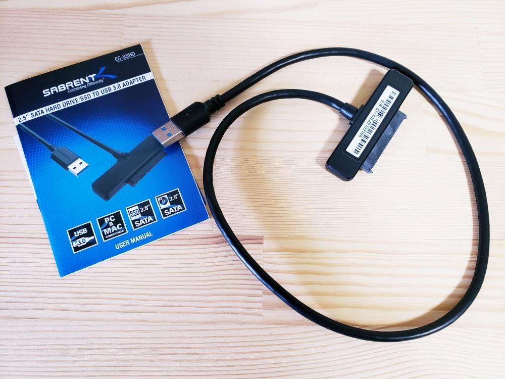 SATA 対応 USB3.0 / 3.1 ストレージ変換アダプタケーブル