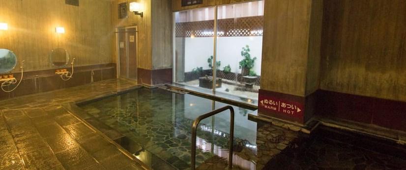 伊東温泉立ち寄り湯は「大東館」。清潔感あってよかったです