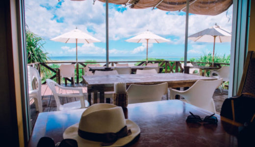 沖縄の読谷でみつけたお洒落なカフェ「浜辺のキッチン もめんばる」