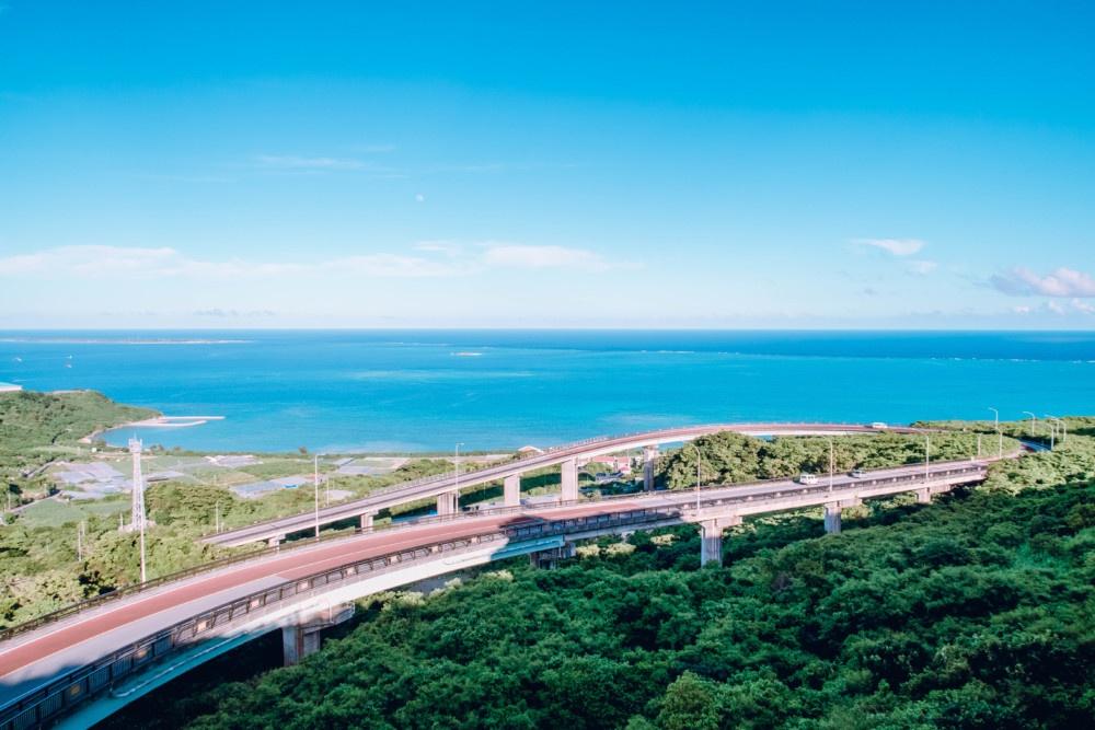 ニライカナイ橋(展望台より撮影)