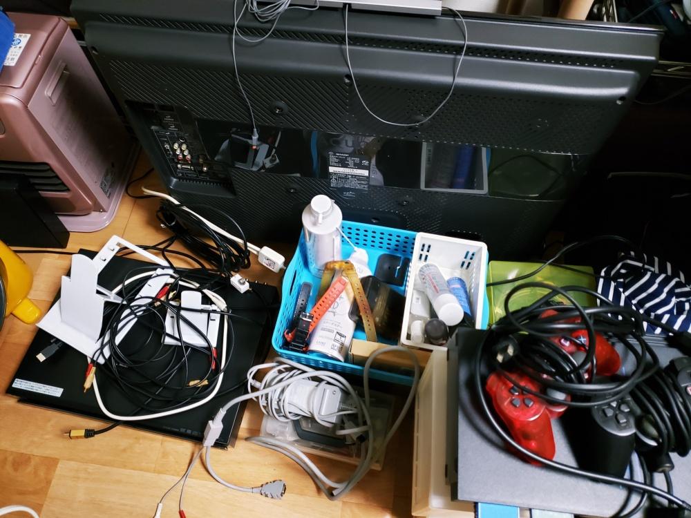 長年使ったメタルラックを捨てて新しい環境へ