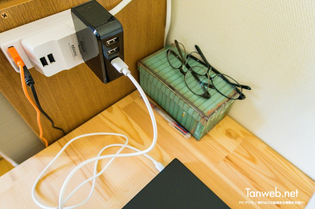 USB-C PD 対応サードパーティ製充電器で給電