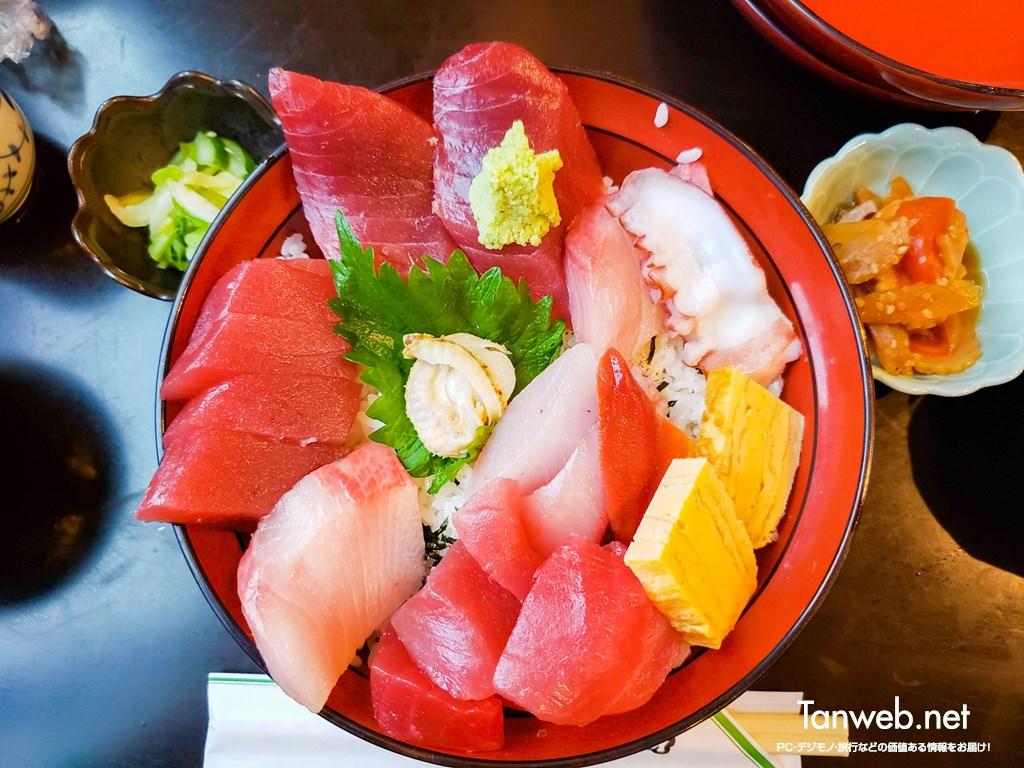 ついにキタ! 念願の魚河岸海鮮丼はものすごかった!!
