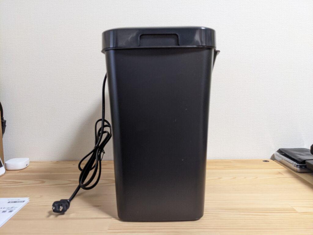 アイリスオーヤマ製の電動シュレッダーの外観紹介05