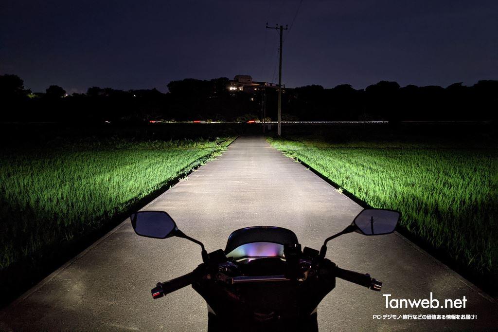 PCX160 のヘッドライト(通常時)